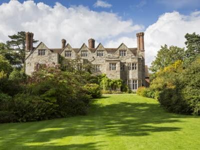 Benthall Hall & Ironbridge (Shropshire)